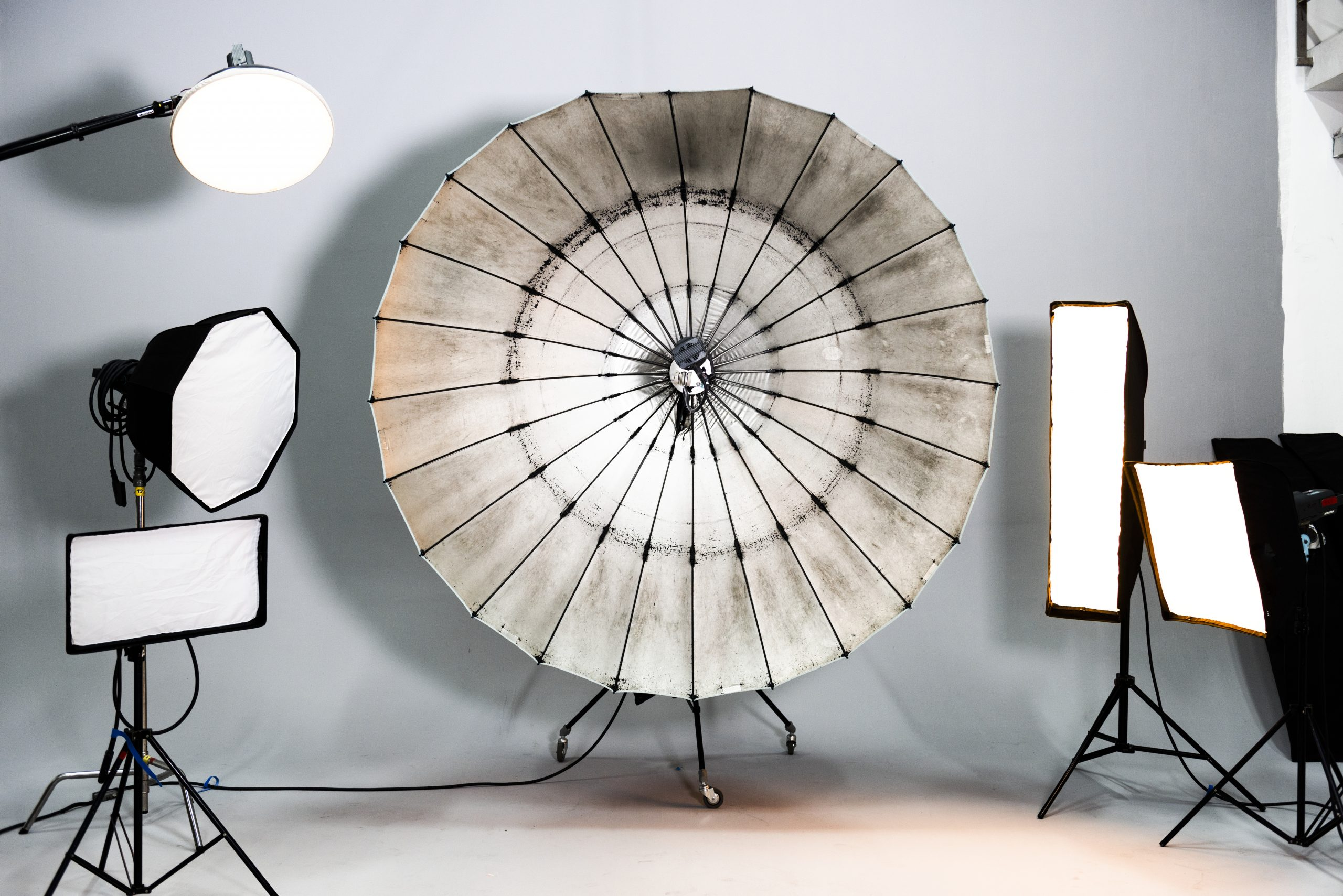 photo studio equipment at home